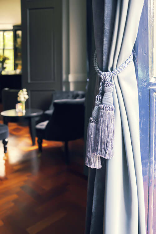 Curtain Design with Accessories